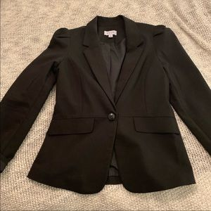 Elle Black Blazer Jacket